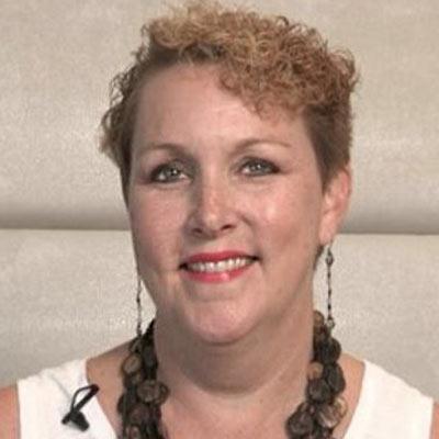 Janet McCarthy Grimm Headshot