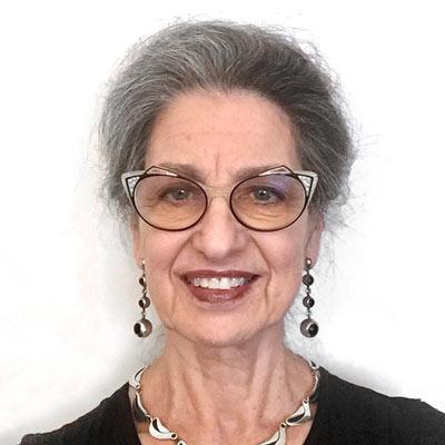 Karen Romano Headshot